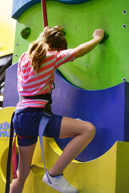 Fun Dimension | Climbing wall Ourdoor family entertainment center Wynwood